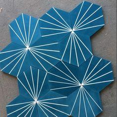 """""""Dandelion - blue  #marrakechdesign #kakel #klinker #fliser #tiles #flooring #cementtiles #betongfliser #renovering #dandelion #designby…"""""""