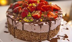 Recipe by Dani Venn Serves: 8 Ingredients Chocolate Crackle Base 4 cups rice bubbles 1 cup icing sugar, sifted 3 tablespoons cocoa 1 cup desiccated coconut 250g Copha, melted 1 litre good quality s...