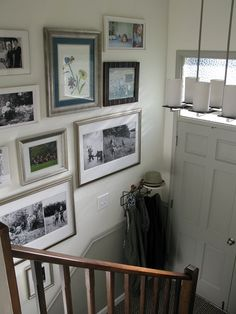Entry wall ideas split entry ideas level entryway on decorating with black ways to use dark colors foyer wall art ideas Split Foyer Entry, Split Level Entryway, Entry Stairs, Entry Wall, Entry Foyer, Entry Level, Front Entry, Front Doors, Garage Doors