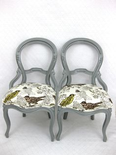 Pretty rehabbed chairs!  Love the color!  Need a chocolate wood table, white dishes, and bright yellow table linens.
