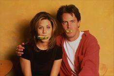 FRIENDS: Jennifer Aniston and Matthew Perry, first season