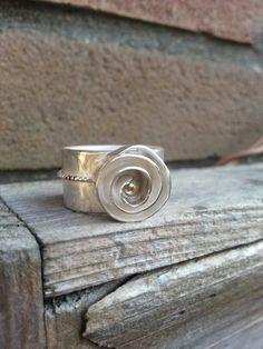 IDYLLIZ; Handmade ring. Silver