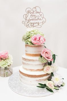 Three tier flower topped wedding cake: http://www.stylemepretty.com/little-black-book-blog/2017/01/30/romantic-beachside-multicultural-wedding/ Photography: Michelle Lange - http://www.loveandbemarried.com/