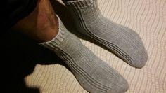 Ukki löysi neulekorista juuri hänelle sopivat sukat. Hupsista 😊 Socks, Fashion, Moda, Fashion Styles, Sock, Stockings, Fashion Illustrations, Ankle Socks, Hosiery
