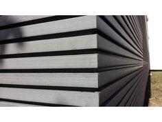 Habillage de façade en bois composite claire-voie innovant | Contact ABRI AND CO