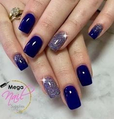 me - - classy fall wedding nail art color 16 ~ thereds.me Nail Designs edle Herbsthochzeitsnagelkunstfarbe 16 ~ thereds. Gorgeous Nails, Pretty Nails, Hair And Nails, My Nails, Nagellack Trends, Purple Nails, Navy Blue Nails, Blue And Silver Nails, Burgundy Nails