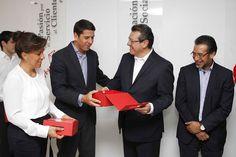 Contextos Regionales: MARCO MENA ASISTE AL 35 ANIVERSARIO DE COCA COLA F...