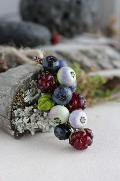 Lampwork pendant with blueberries and raspberry / Glass Beads / Lampwork berries pendant/ Lampwork jewelry/ Berry pendant/ bilberry by TaigaLampwork on Etsy https://www.etsy.com/listing/521617893/lampwork-pendant-with-blueberries-and