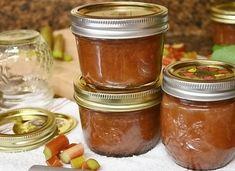 Almás rebarbara dzsem - AntalVali Rhubarb Uses, Freeze Rhubarb, Rhubarb Jam Recipes, Rhubarb Rhubarb, Freezing Fruit, Freezer Jam, Canning Recipes, Food Print, Food Videos