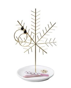 This is a charming and discrete accent for any spot in your home created by no other than My Bud Vase. Leaf Jewelry, Jewelry Tree, Stoner Gifts, Bongs, Bud Vases, Incense, Best Gifts, Leaves