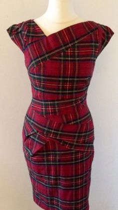 Sublime Robe Tartan Like Vivienne Westwood Taille Excellent Tartan Dress, Tartan Plaid, Beautiful Outfits, Cool Outfits, Casual Outfits, Scottish Clothing, Tartan Clothing, Mode Tartan, Tartan Fashion