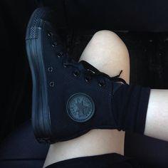 All black Converse ♡