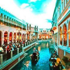 Top 5 Romantic Things to Do in Las Vegas