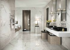 From white carrara marble to black sliced pebble stones and beyond discover the top 70 best bathroom shower tile ideas. Marble Bathroom, Outdoor Bathrooms, Modern Bathroom Design, Bathroom Flooring, Marble Bathroom Floor, Amazing Bathrooms, Italian Bathroom, Floor Tile Design, Bathroom Design Trends