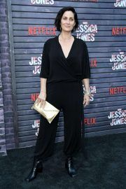 """Carrie-Anne Moss – """"Jessica Jones"""" Season 3 Premiere in Hollywood - Carrie-Anne Moss – """"Jessica Jones"""" Season 3 Premiere in Hollywood Source link. Jessica Jones, Celebrity List, Celebrity Photos, Chic Outfits, Fashion Outfits, Women's Fashion, Carrie Anne Moss, Tomboy Chic, Canadian Actresses"""