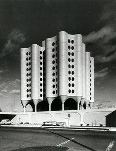 Bertrand Goldberg / St. Joseph's Hospital / Tacoma, WA / 1975