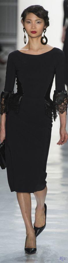Fall 2017 RTW Chiara Boni La Petite Robe