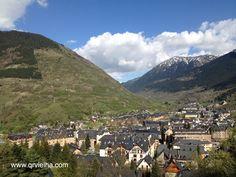 Tardes primaverales en Vielha!!! ;) #ValdAran #Vielha #Pirineos #primavera #elvallesonrie #vielhaentumano #like