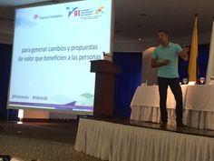 Finalizando mi ponencia sobre marketing responsable en el VI Congreso Internacional de Negocios de Medellín