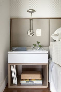 bedside table from notmybeautifulhome