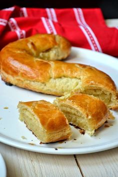 A Dutchie Baking: Banketletter or Banketstaaf for St Nicholas (Puff Pastry filled with Almond Paste) Dutch Recipes, Almond Recipes, Cooking Recipes, Bread Recipes, Puff Pastry Desserts, Puff Pastry Recipes, Choux Pastry, Just Desserts, Delicious Desserts