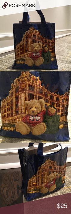 """Harrods limited edition Christmas bear bag 🎁Offers encouraged & flexible                                                                                🔑Bundle to save 15%                                                                                                   ✍Comment if you have questions                                                                                                 About 8"""" height, 7"""" width, 3"""" length. Bags"""