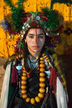Africa A young Saghro berber bride who has removed her veil on the third day of her wedding ceremonies Morocco Claude Lammel We Are The World, People Around The World, African Beauty, African Women, Folk Costume, World Cultures, North Africa, Traditional Dresses, First World
