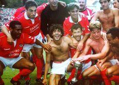 Taça de Portugal 1992/1993. Rui Costa, Veloso, Schwarz, João Pinto, Rui Águas, Vitor Paneira, Silvino, Hélder, William, Isaías...