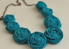cloth flower necklace-possibly a diy opportunity