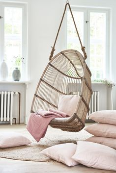 Renoir Hanging chair is made of Indonesian sustainable rattan. Renoir swing is made in the colour antique, which is original and fits every occasion. Seat and backrest is made of rattan poles binded around on a frame of rattan by skilled wicker workers. Decoration Inspiration, Room Inspiration, Home Interior, Interior Design, Cute Room Decor, Aesthetic Room Decor, Swinging Chair, Dream Rooms, Cool Rooms