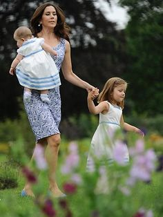 Princess Mary with her 2 little princesses