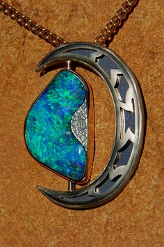 Queensland Boulder Opal Association Inc. Jewellery Design Awards 2008 Winner This pendant is for sale on application