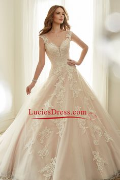 2017 V Neck A Line Wedding Dresses Tulle With Applique Court Train US$ 289.99 LCP789TPB8 - LuciesDress.com