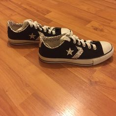Converse Converse All Star❗️worn once❗️great condition❗️price negotiable ❗️ Converse Shoes Athletic Shoes