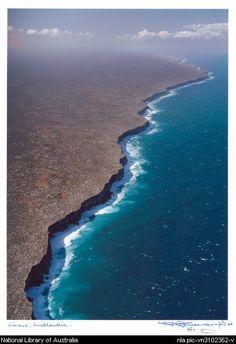 Where the Great Australian Bight and the Nullarbor Plain meet, Western Australia.