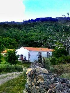 La Ermita del Espíritu Santo se encuentra en un lugar mágico y de gran belleza.