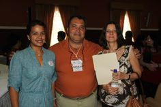 Factor 3: Profesores. Profesores liderando conferencia de invitada internacional Rosalia Winoucour – 2013 – De izquierda a derecha, Bertha Arnedo, Pedro Mendoza y Rosalia Winoucor – Paraninfo, Universidad de Cartagena. #Unicartagena #ComunicaciónSocial