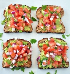 Southwestern Avocado Toast – My Whole Food Life Healthy Breakfast Idea. This Southwestern Avocado Toast is a great way to get fresh veggies and healthy fats into your breakfast. Healthy Desayunos, Healthy Snacks, Healthy Eating, Healthy Breakfasts, Clean Eating, Healthy Chicken, Healthy Tasty Recipes, Chicken Recipes, Healthy Sandwich Recipes