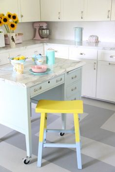 MONDAY MAKEOVER – FORMICA AND THE KITCHEN – TWO YEARS LATER