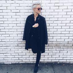 Brittenelle in all black