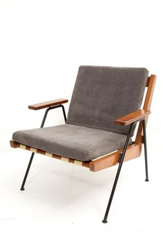 Robin Day; Beech, Pirelli Webbing and Enameled Metal 'Chevron' Chair for Hille, 1959.