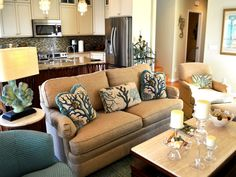 Image Of: Upscale Coastal Home Decor