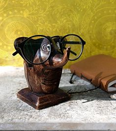 b071d806a1f Father s Day Gifts Wooden Baby Elephant Eyeglass Spectacle Holder Handmade  Stand for Office Desk Home Decor Gifts