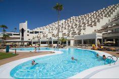 Riu Calypso is located in the vicinity of Morro Jable in Fuerteventura, Spain. RIU Hotels & Resorts