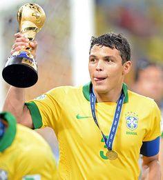 El PSG insiste en que Thiago Silva no está en venta y amenaza al Barça