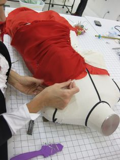 Sewing Lessons, Sewing Tips, Sewing Hacks, Sewing Tutorials, Sewing Patterns, Sewing School, Sewing Class, Sewing Studio, Couture Details