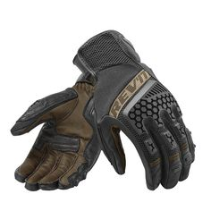 Shop for REV'IT Sand 3 Gloves - Black / Sand. The REV'IT Sand 3 offers good abrasion resistance and excellent comfort levels. Motorcycle Riding Gloves, Motorcycle Helmets, Biker Gloves, Men's Gloves, Biker Gear, Riding Gear, Honda Cb750, Motocross, Cafe Racer Vintage