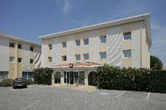 #Hotel: INTER-HOTEL LA BELLE ETAPE, Brignoles, FR. For exciting #last #minute #deals, checkout @Tbeds.com. www.TBeds.com now.
