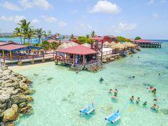 Fun in the sun at De Palm Island in Aruba!