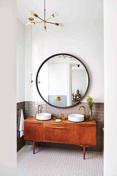 Shake Up Your Morning Routine: Rethinking the Vanity Mirror Home Design, Decor Interior Design, Interior Decorating, Design Ideas, Beautiful Bathrooms, Modern Bathroom, Bathroom Mirror Inspiration, Mirror Ideas, Bathroom Ideas